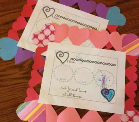 Valentines-Placemats-with-Free-Printable