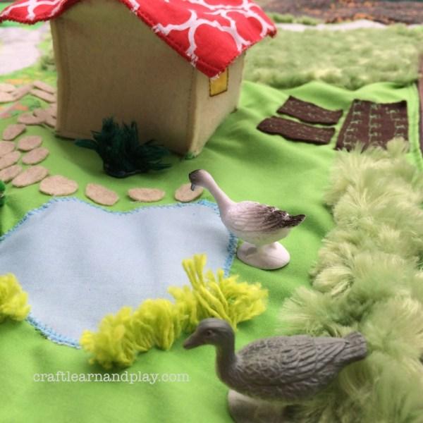 felt house and pond play mat