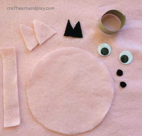 felt-pieces-for-pig-craft