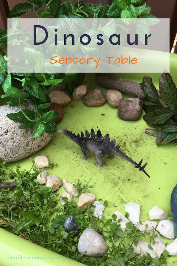 Small world dinosaur is great activity to learn about dinosaur habitat and species. Easy to set up and fun to play with for young kids, toddlers and preschoolers. Click for ideas. #dinosaur #smallworld #sensorytable #habitat #play