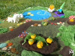 Felted play mat