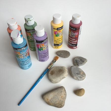 rock painting ideas for kids - rainbow acrylic paint