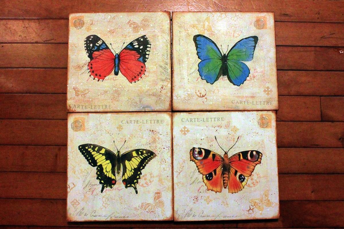 Τεσσερα ξυλινα καδρα με πεταλουδες, με decoupage, απο μια χαρτοπετσετα