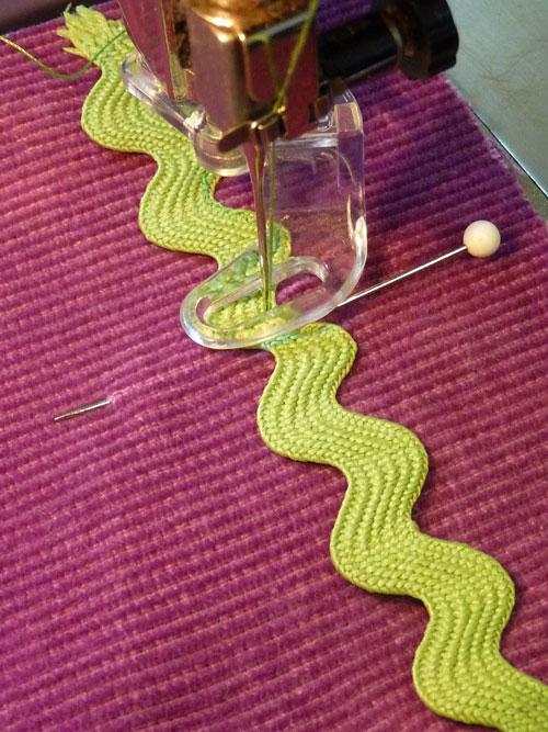 rick-rack-sewing
