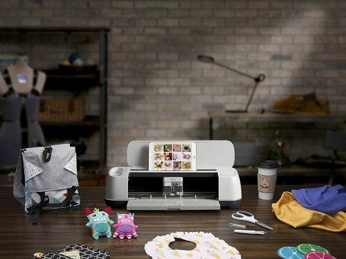 cricut maker cutting machine image