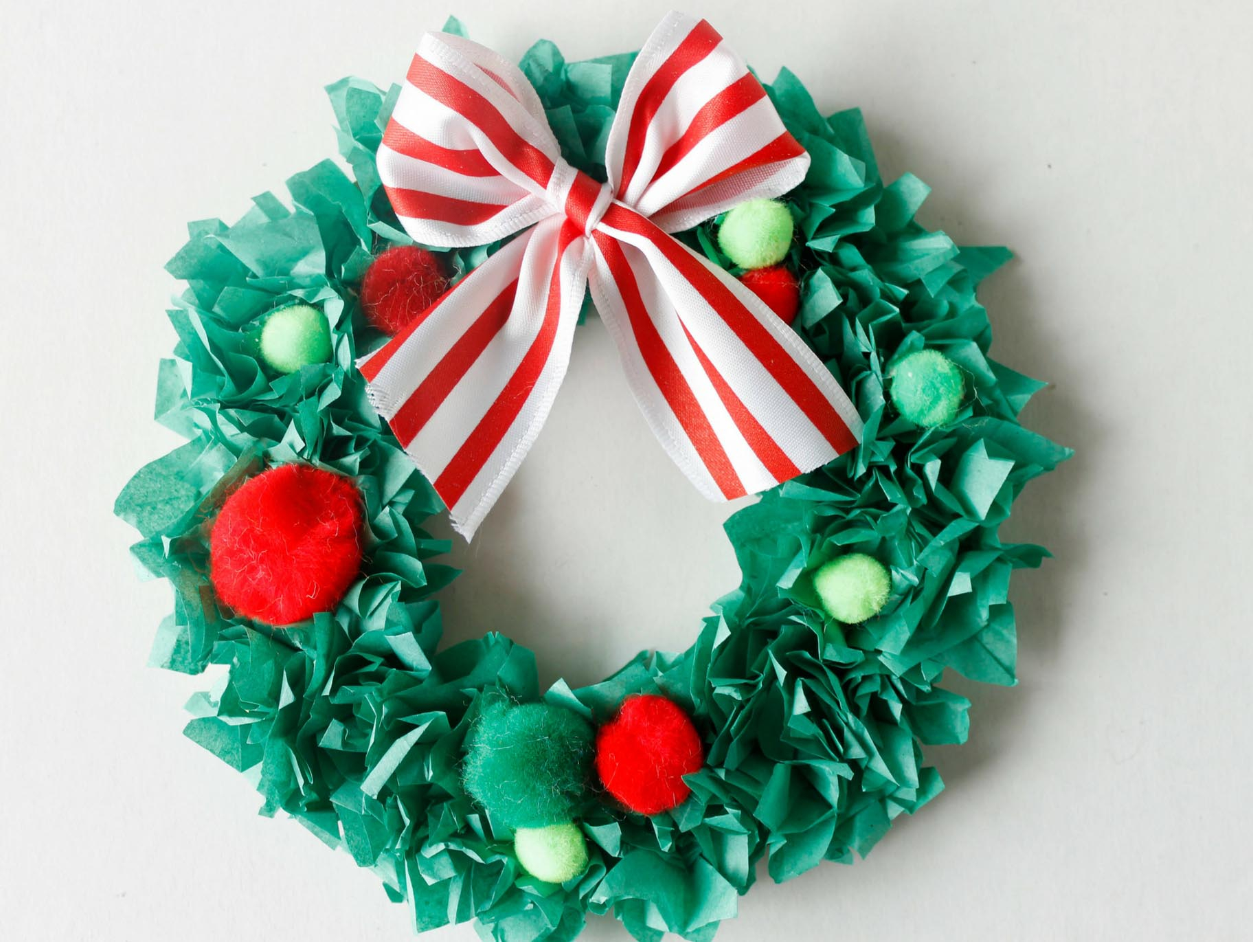 3 Easy Designs of Crafts Out Otissue Paper Tissue Paper Christmas Wreath Craft Fun365