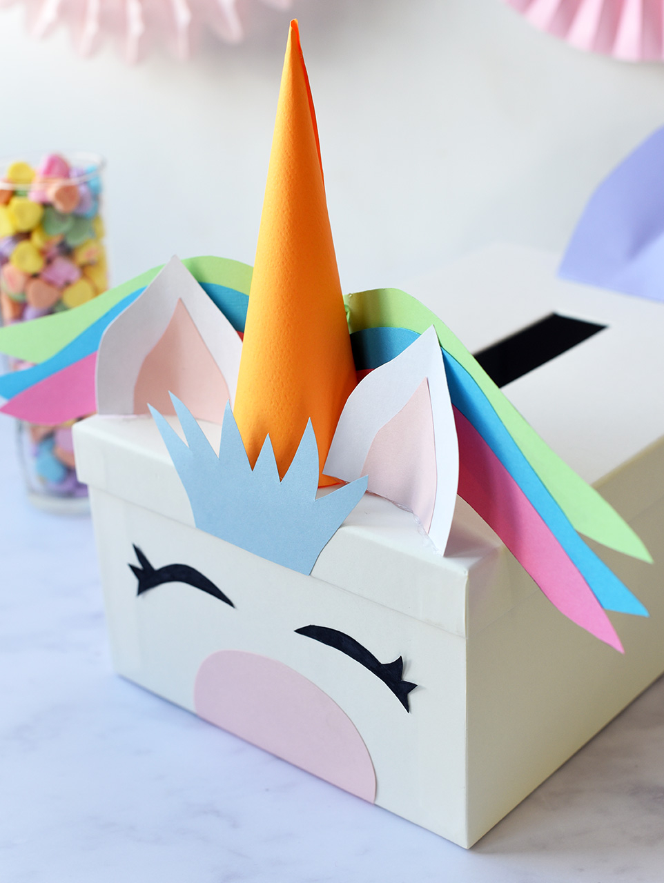 Awesome valentine construction paper crafts Creative Valentines Day Card Box Ideas