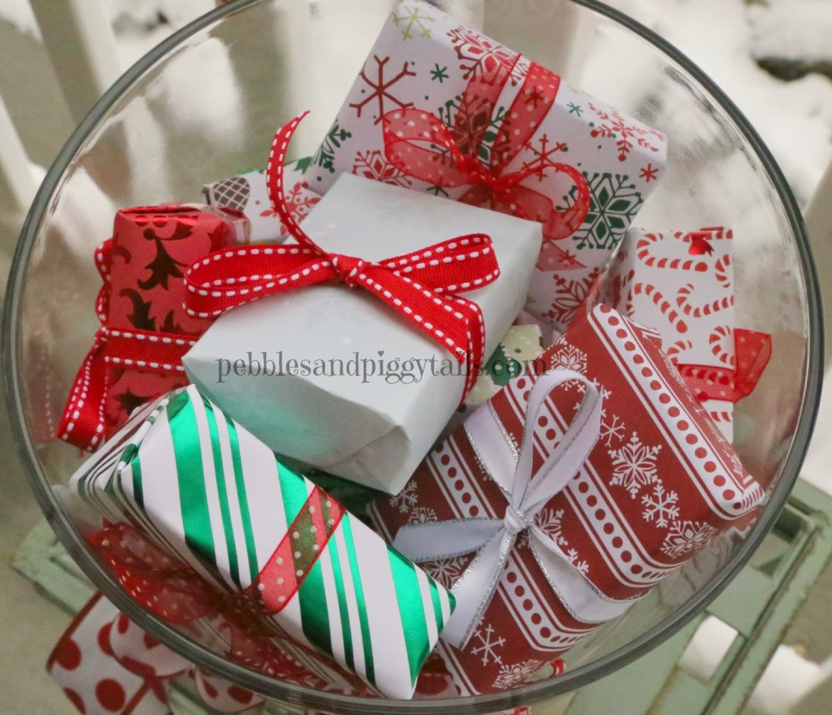 Crafts With Scrapbook Paper 5 Christmas Decor Ideas Using Scrapbook Paper Making Life Blissful