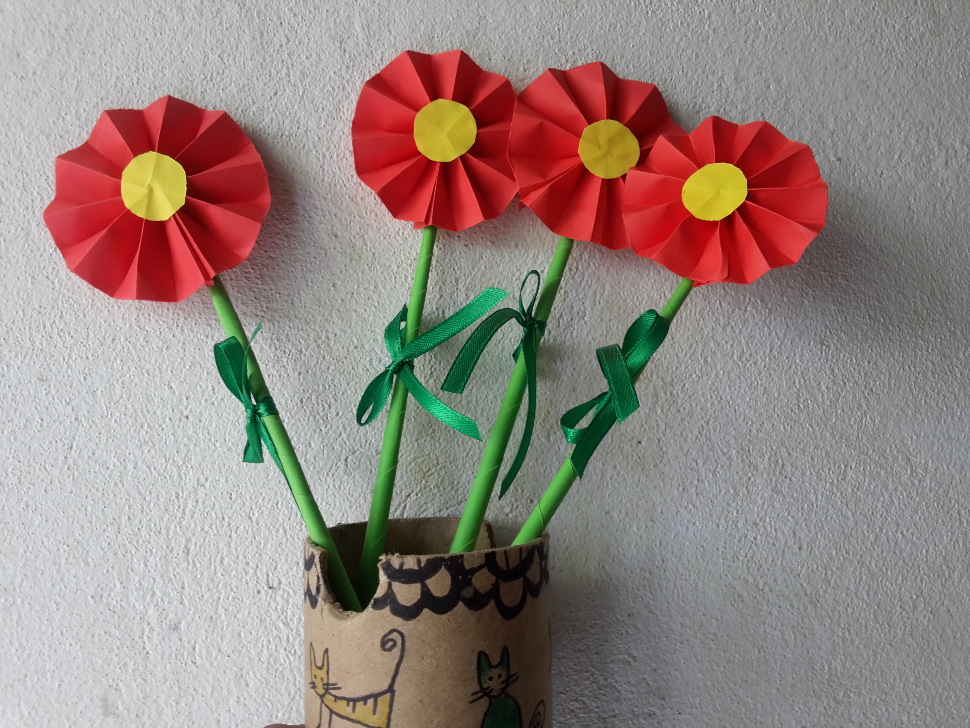 Home crafts you can make with paper How To Make Easy Paper Decorations For Your Room Flisol Home