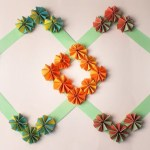 Simple Crafts Using Paper To Add New Accessory At Home Wall Decor Paper Flower Hanging Decoration Ideas Western
