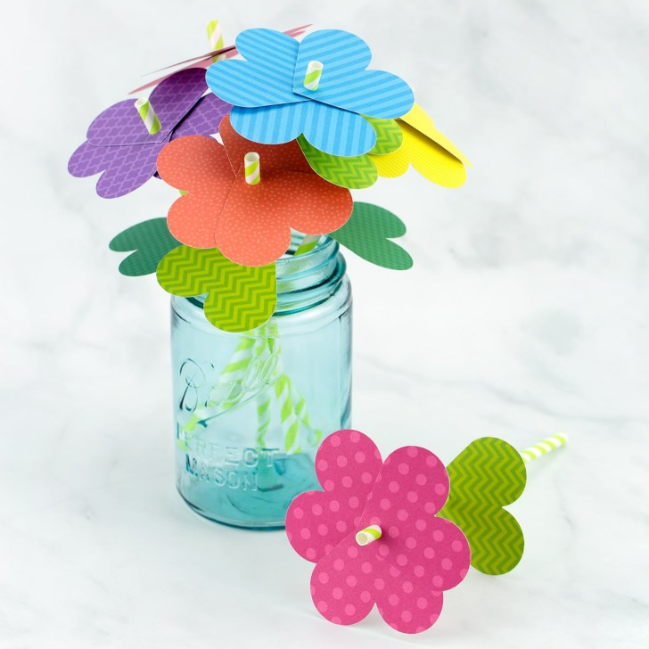 Simple paper craft for preschoolers