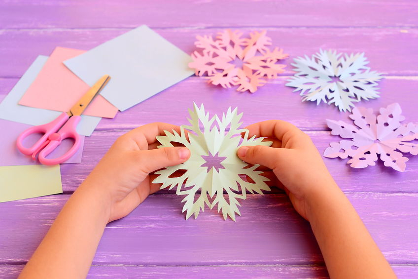 The simple paper crafts for toddlers using scissor skill 10 Easy Paper Crafts For Kids
