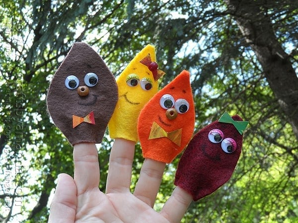 Felt Leaf Finger Puppets Fall Kids Craft | Crafts by Amanda