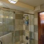 Shower/Tub Lower Level – The Craftsman Lodge