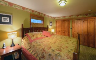 Master Bedroom Main Floor - The Craftsman Lodge