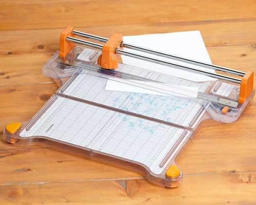 Fiskars Pro Paper Cutter