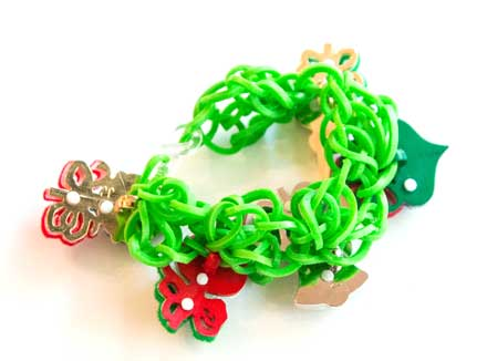christmas-rubberband-bracelets2