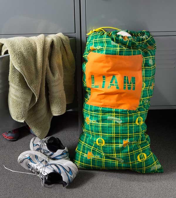 College Week! Make a Laundry Bag