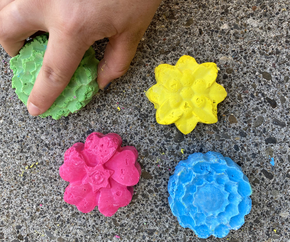 How to make your own Sidewalk Chalk