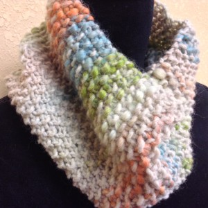 Chunky Seed Stitch Leana Cowl Watercolor 1