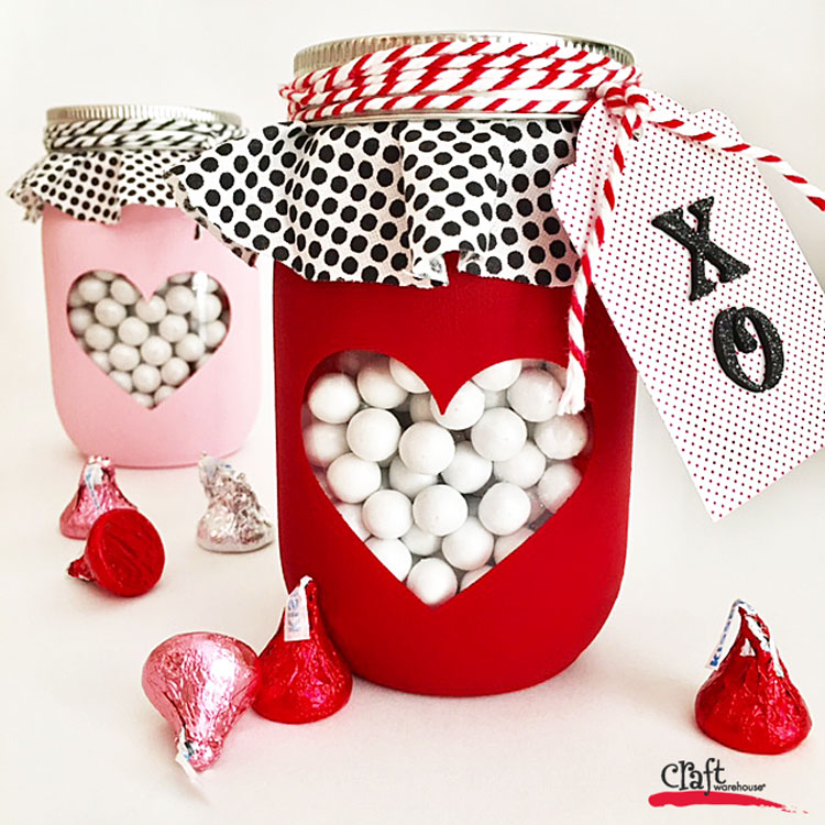 Make this Mason Jar with Chalky Hweart from Craft Warehouse for Valentines Day