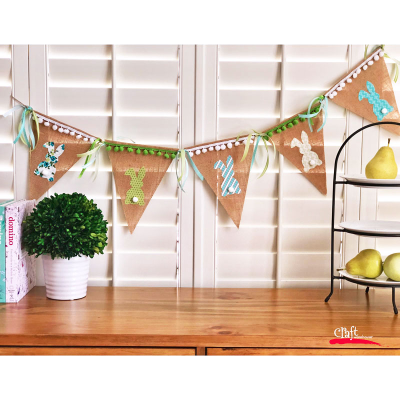 make this no sew bunny pennant