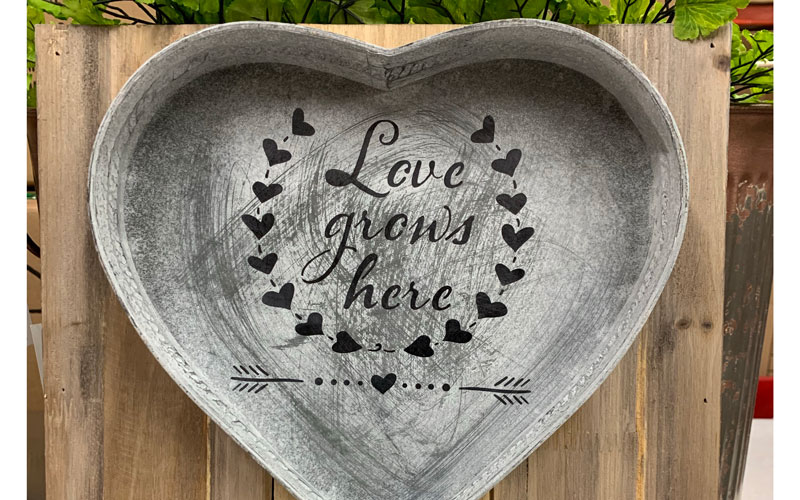Personalized Heart Tin Wall Art