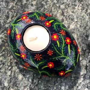 Oval tea light holder with folk art flowers pattern top view
