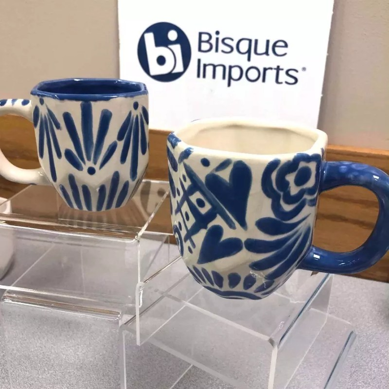 Talavera-inspired mugs by Crafty Chica. #craftychica #pyop