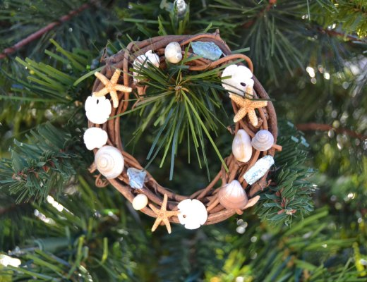 Nautical Christmas Tree Wreath Ornament