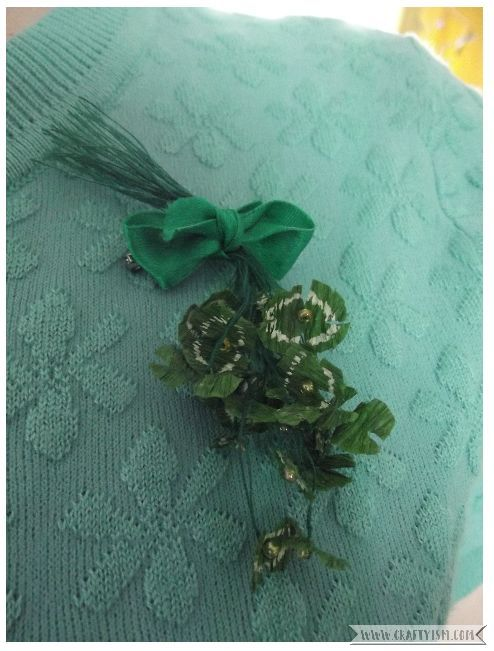 How to St. Patrick's Day Shamrock Brooch | Wearing