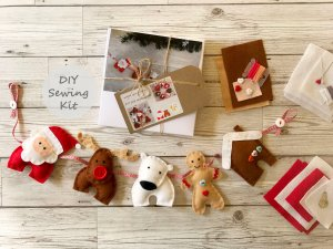 Etsy Holiday Gift Guide - Christmas Garland Sewing Kit by FeltTails