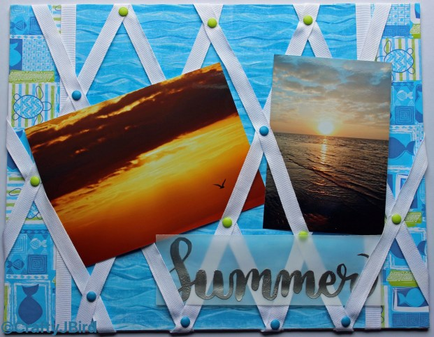 It's Summer Memo Board! A great project to display all your favorite pictures from your summer vacation! www.craftyjbird.com IG:@craftyjbird