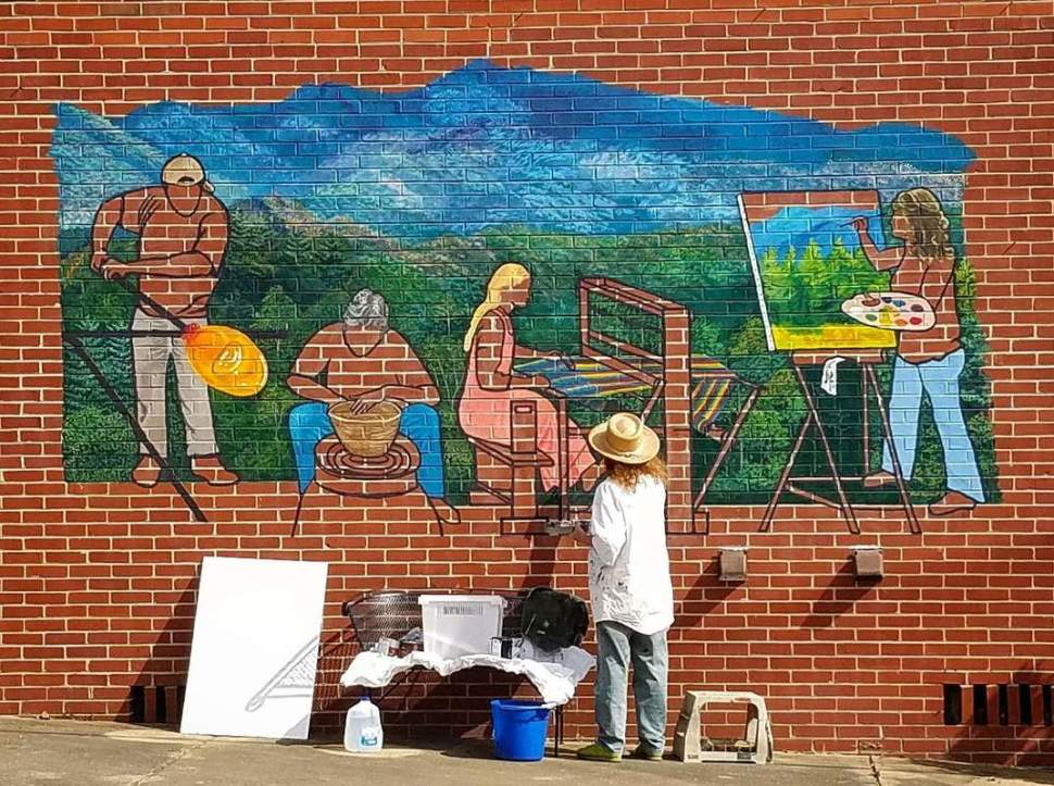 bakersville mural