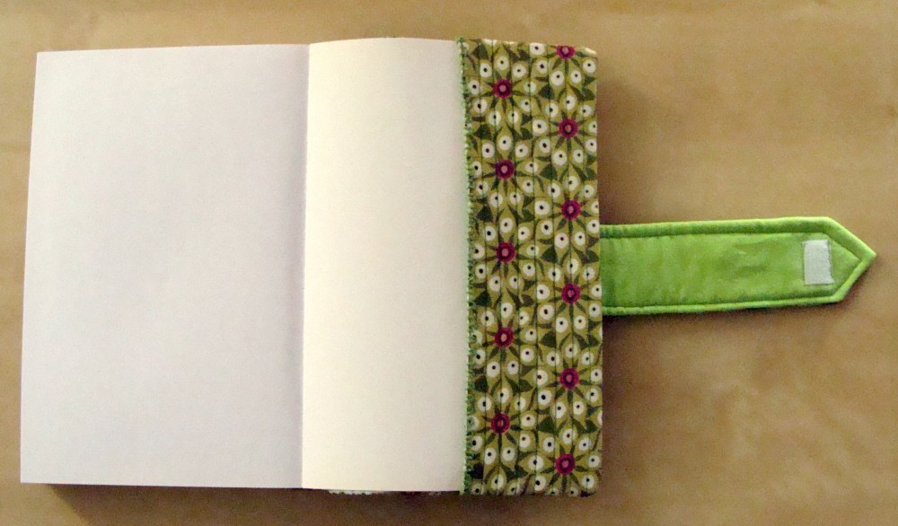 Quilted book cover (2/3)