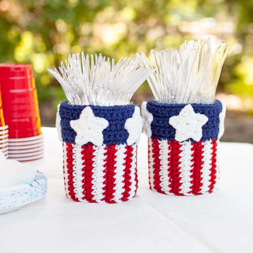 4th of July inspired free patterns. Free crochet patterns. 4th of July Crochet Patterns for home decor, party decor and even a beautiful afghan