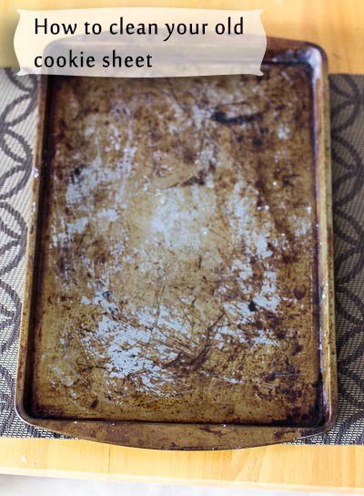 How to clean old cookie sheet. Step by step photo tutorial that shows an easy and effective way to clean old and rusted cookie