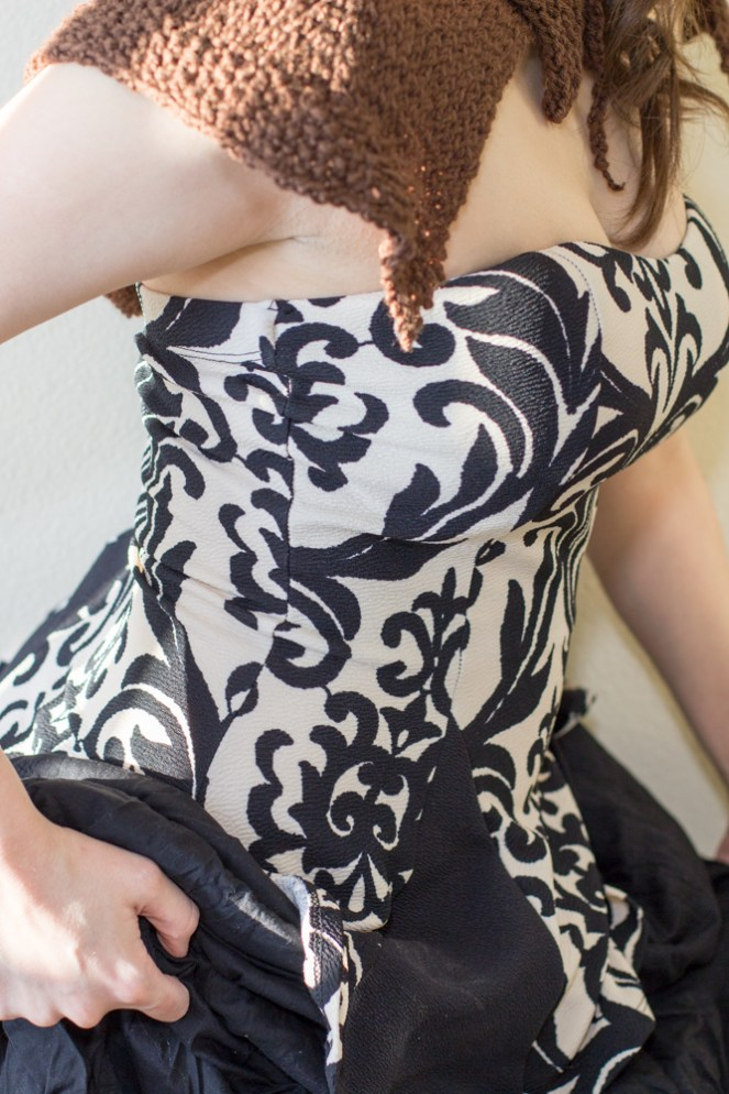 Mo Duinne Capelet - An Outlander inspired Knitting Pattern.Mo Duinne Capelet - An Outlander inspired Knitting Pattern. Transport yourself to the Outlander time, with this knitting pattern.