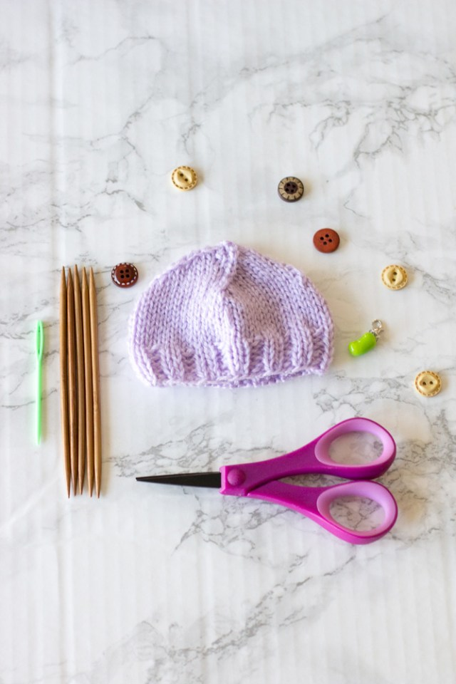Basic Preemie Hat Free Knitting Pattern and video tutorial. Beginner friendly preemie hat pattern. Includes written pattern and video tutorial.