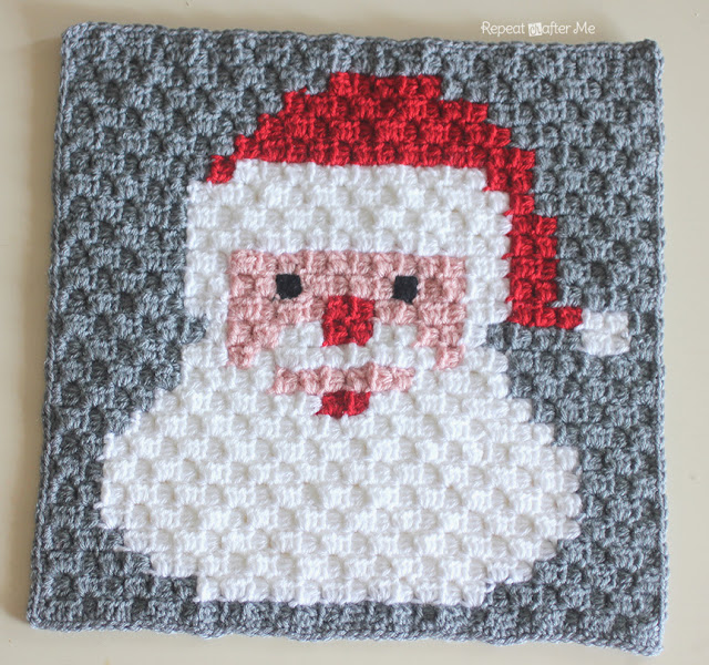 Check out all these Christmas Free Crochet Patterns. A compilation of FREE crochet patterns, specially put together for your convenience. Find them all together in one place and chose your favorite to make.