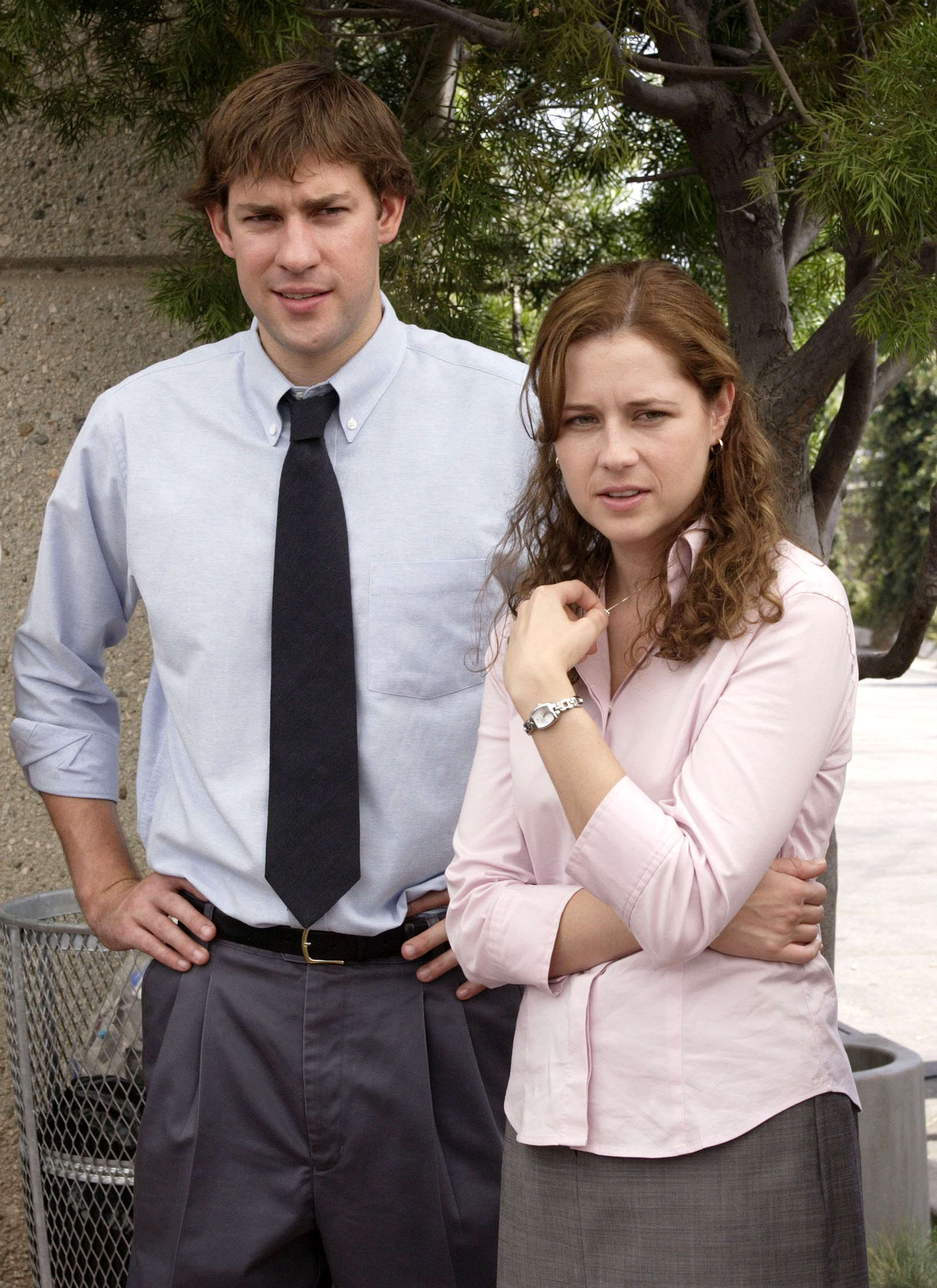 John Krasinski as Jim and Jenna Fischer as Pam