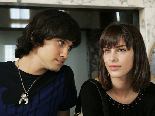 Navid (Michael Steger) and Adrianna (Jessica Lowndes)