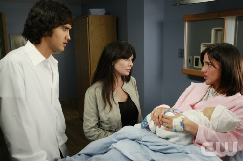 Navid (Michael Steger), Brenda (Shannen Doherty), Adrianna (Jessica Lowndes) and baby