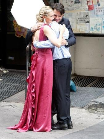 Kelly Rutherford as Lily, Chris Riggi as Scott, and Matthew Settle as Rufus
