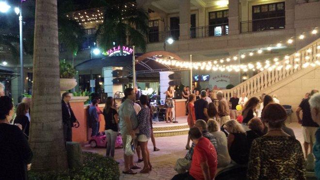 Nightlife at Gulfstream Park. (Craigslegz.com)