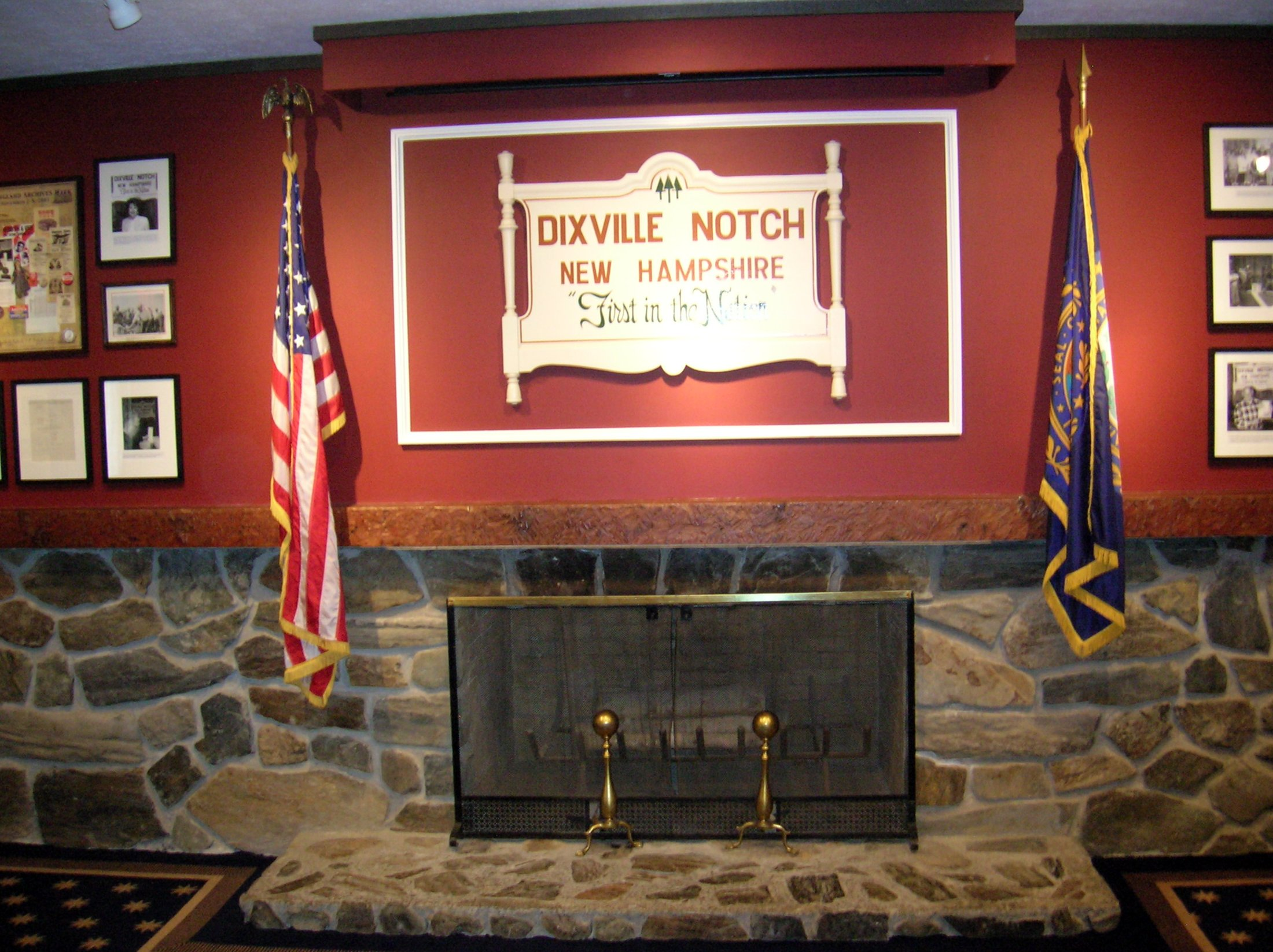 dixville-notch-ballot-room