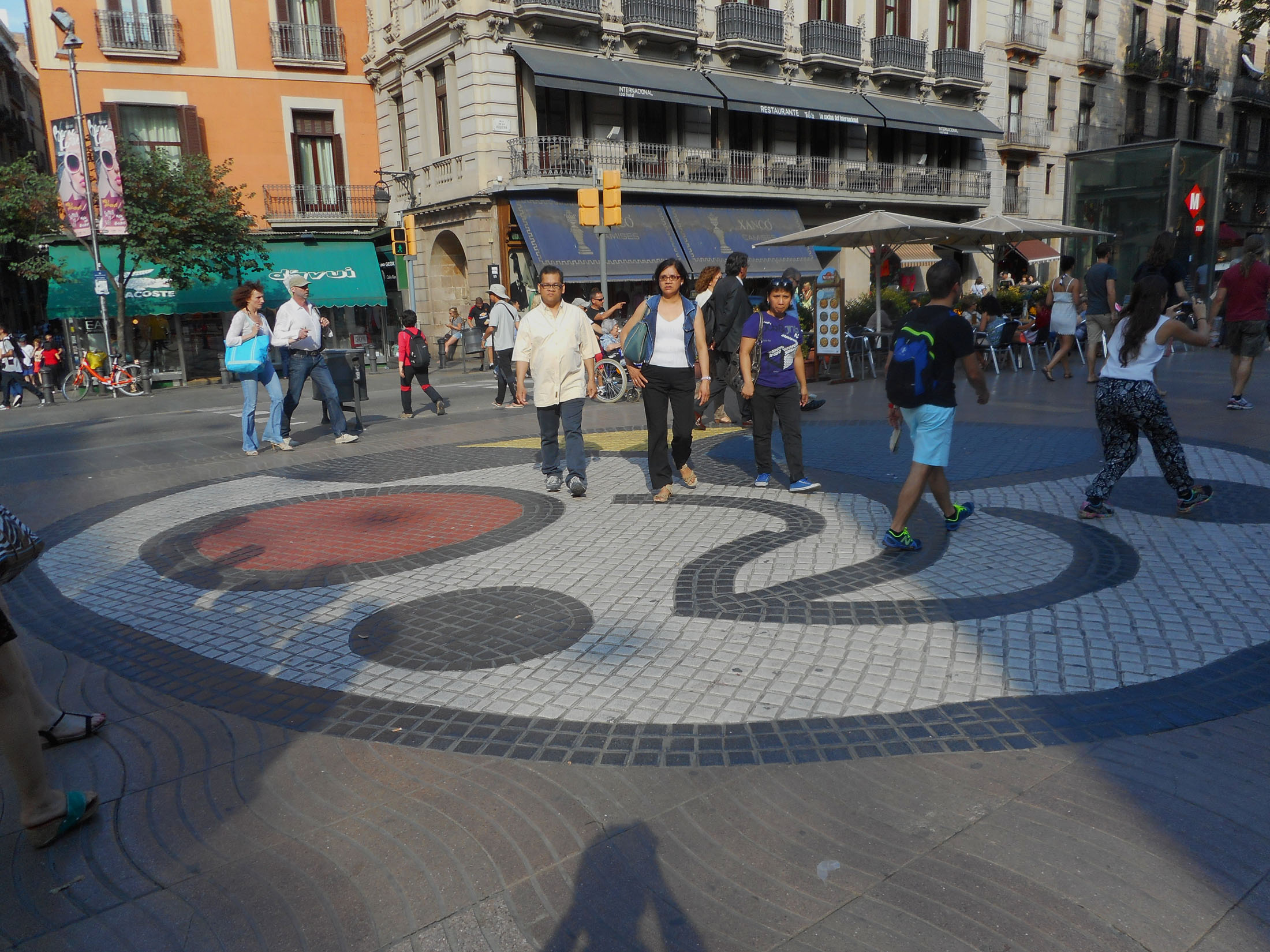 barcelona-las-ramblas-miro-mural