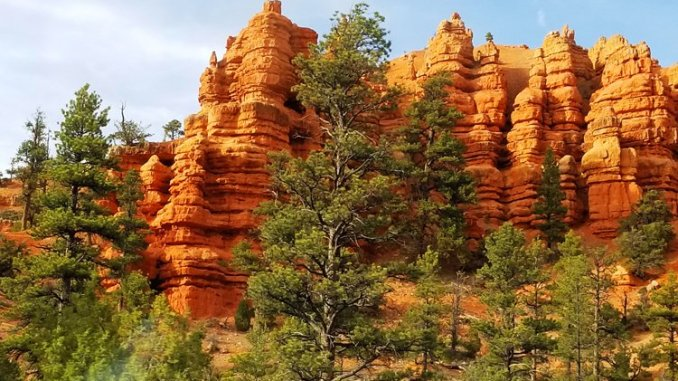Red Canyon is a colorful area that shouldn't be overlooked on the way to Bryce Canyon in Utah. (Fran Davis/Craigslegztravels.com)
