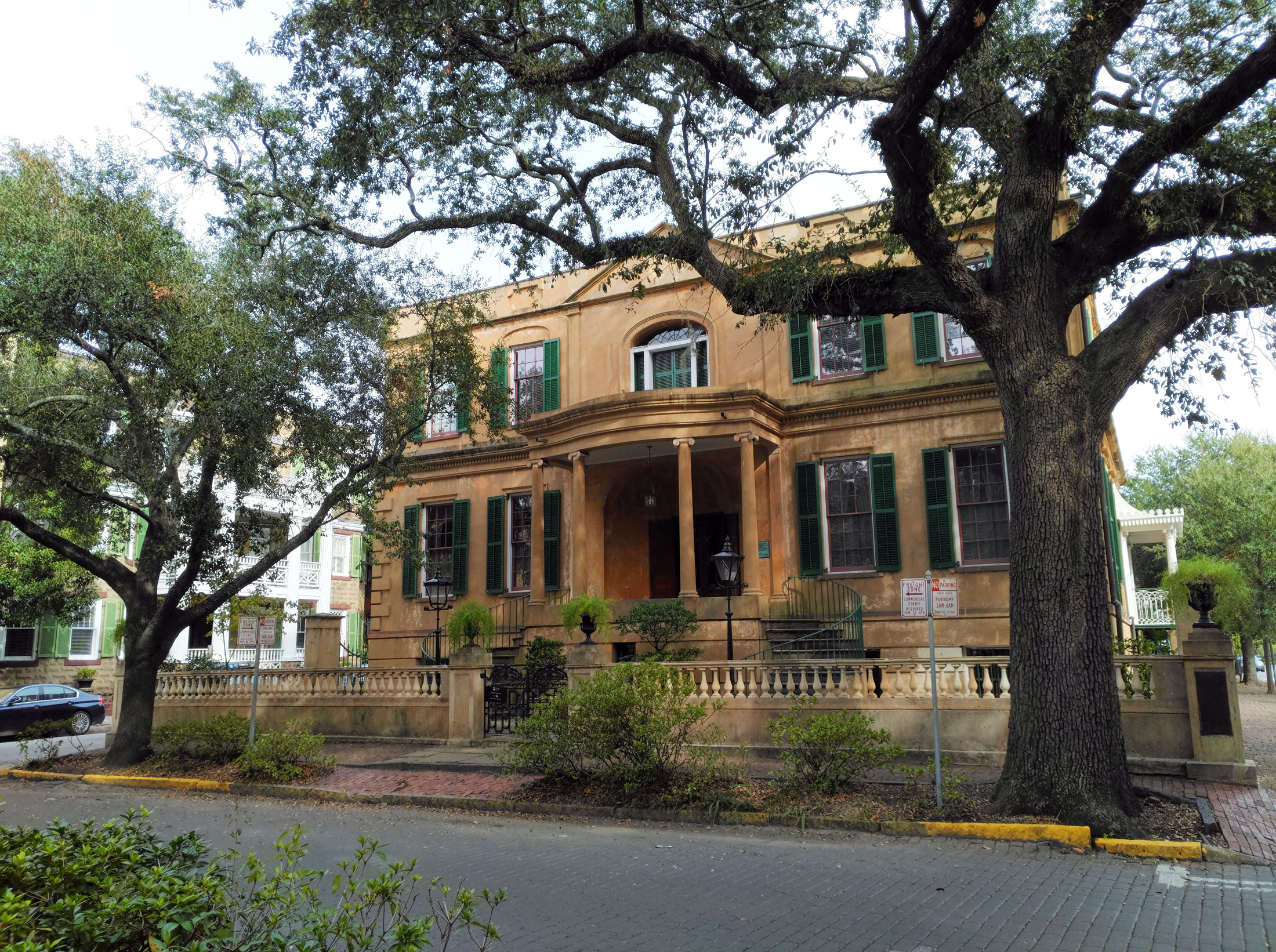 The Owens-Thomas House is the best-preserved example of renowned architect William Jay's work. Until the end of the Civil War, between eight and 14 enslaved people at a time labored there. (Craig Davis/Craigslegztravels.com)