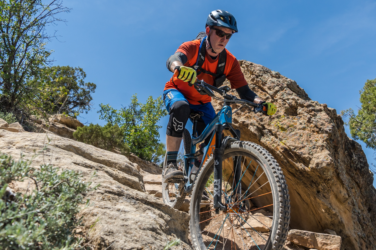 Long Travel 29'er Shootout: Canyon Strive vs Ripmo | Reviews